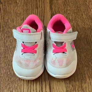 Nike baby girl sneaker